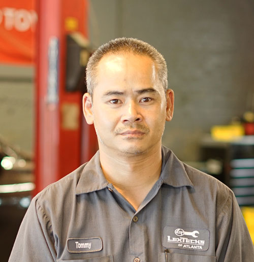 TOMMY LE Technician - Decatur